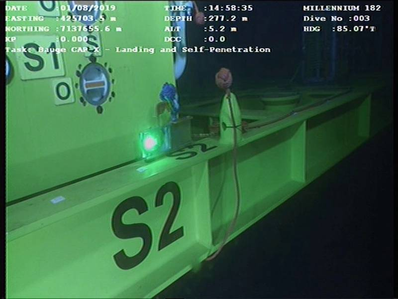 تم استخدام مودم LUMA لنقل البيانات الدورانية عبر ROV إلى السطح ، للمساعدة في عمليات رافعة تحت البحر. صورة من Hydromea.