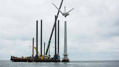 Vindeby, o primeiro parque eólico offshore do mundo, foi desativado pela DONG Energy, agora Orsted, em 2016. (Foto: Orsted)