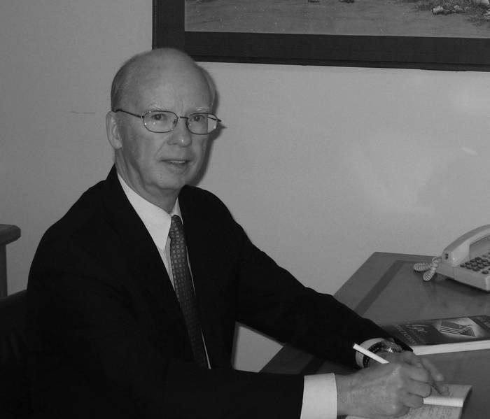 """""""Αρχίζουμε να βλέπουμε πολύ περισσότερες επενδύσεις στο ΥΦΑ, αλλά εάν θέλετε να είστε σε εσάς πρέπει να ξεκινήσετε τώρα"""", δήλωσε ο Jim McCaul από τους Διεθνείς Ναυτιλιακούς Συνεργάτες (IMA)"""
