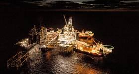 Pioneering Spirit moving in to perform world heaviest offshore lift (Photo: Roar Lindefjeld & Espen Rønnevik - Woldcam / Equinor)
