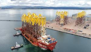 Video: 'Hawk' Brings In Moray East Offshore Wind Farm Jackets