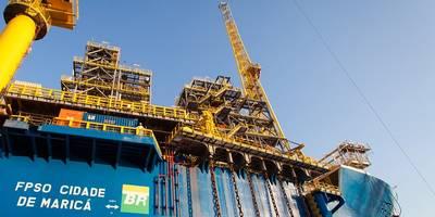 Крупнейший производитель: FPSO Cidade de Maricá, добывающая на месторождении Лула через семь взаимосвязанных скважин, произвела 150 600 баррелей в сутки и была крупнейшим в Бразилии объектом по добыче нефти в августе. (Фото: Petrobras)