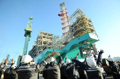 Ceremonia de sailaway Dua PFLNG - Imagen de Petronas