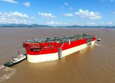 Energean Power FPSO Hull durante el lanzamiento en octubre de 2019 - Imagen de Energean