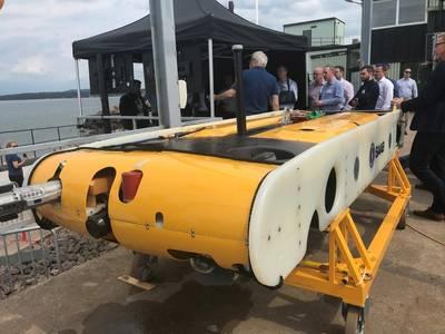 Saab Seaeyes Sabertooth während einer Demo mit der U-Boot-Dockingstation von Equinor (Foto: Saab Seaeye)