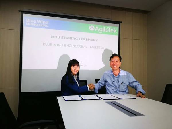 Angela Lock, Tekmar Group APAC General Manager, and Dr. Jone Oh, Blue Wind Engineering CEO, sign MOU in Seoul (Photo: AgileTek)