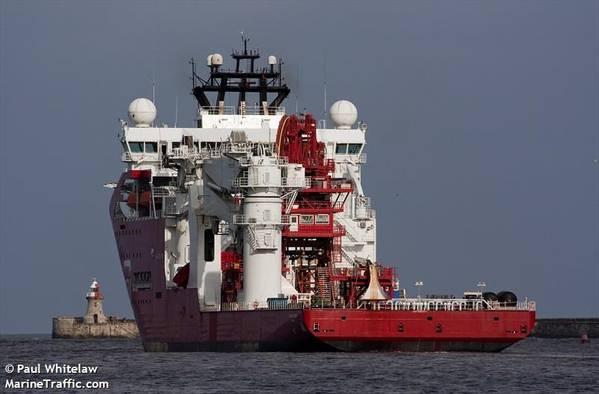 Construction support vessel Skandi Acergy - Credit: Paul Whitelaw