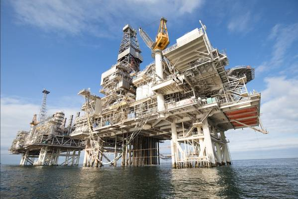 Deepwater Gunashli platform in the Caspian Sea, offshore Azerbaijan (Credit:BP/Flickr)