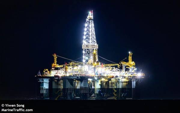 Diamond Offshore's Ocean Onyx submersible drilling rig/ Image by Yiwen Song/MarineTraffic.com