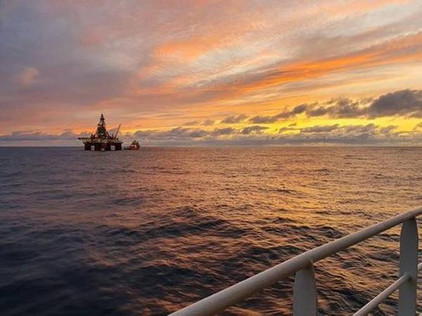 The West Hercules rig is being used for the operation. (Photo: Seadrill)