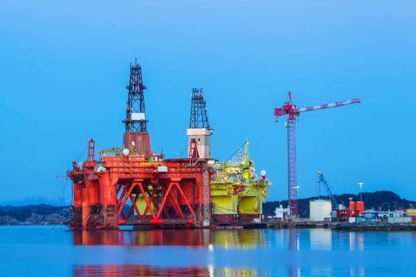 Illustration: Offshore rigs in Norway-Image by mariusltu - Adobe Stock