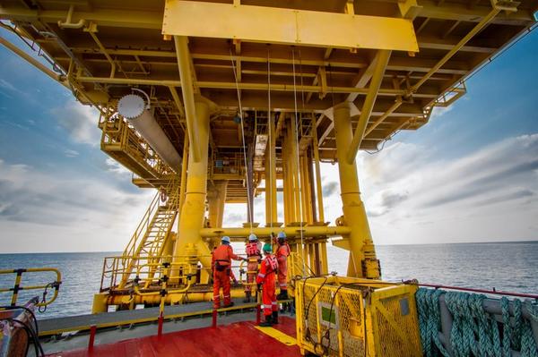 Illustration, An offshore platform in Malaysia/Credit: xmentoys/AdobeStock