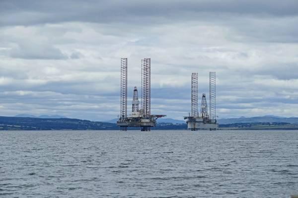 Illustration: Offshore rigs in Scotland - Credit: Bildagentur-o/AdobeStock