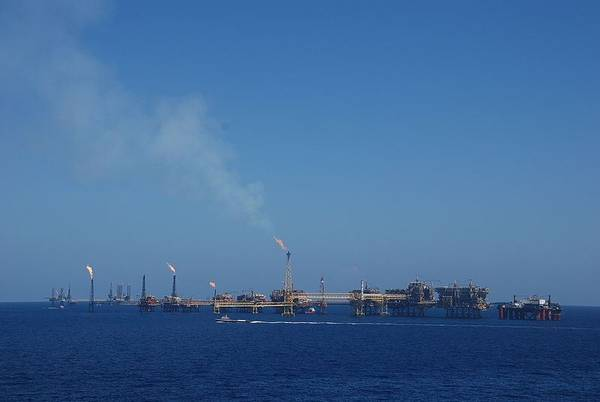 For Illustration; Pemex's platforms offshore Mexico - Image by BoH/Wikimedia Commons - CC BY-SA 3.0