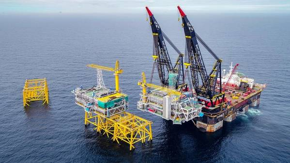 The Johan Svedrup field receiving the latest riser platform module Equinor Roar Lindefjeld and Bo Randulff (Photo: Equinor)