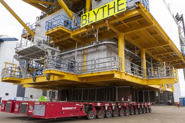 Mammoet reports it has executed its first operation, the transport of two topsides, using low-carbon HVO fuel in Mammoet's SPMT powerpacks. Photo courtesy Mammoet