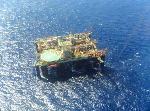 Petrobras' P-07 semi-submersible platform - Credit: Brazilian Navy