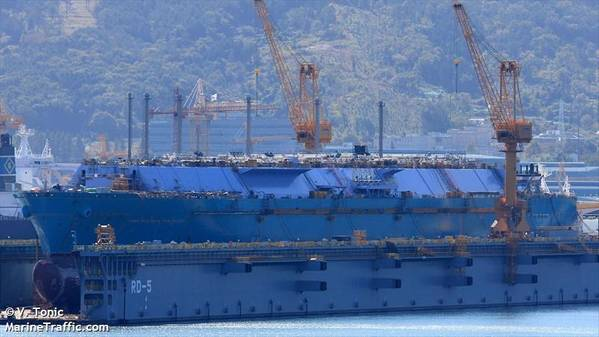 Photo of a previous FSRU project by DSME - Image by V. Tonic - MarineTraffic