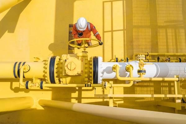 ExxonMobil Misses Q1 Profit Estimates