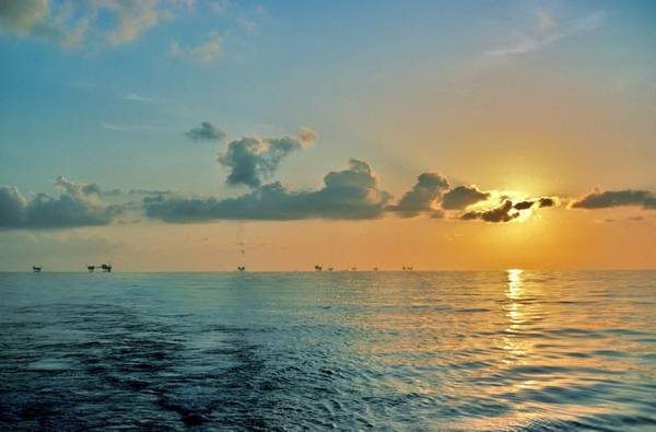 Sitios petroleros en el Golfo de México - Scott Buffkin / Adobe Stock Image