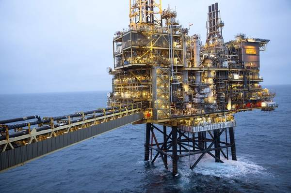 Shearwater Platform with walkway leading to wellhead jacket. Off the coast of Aberdeen, Scotland - Credit: Stuart Conway/Shell