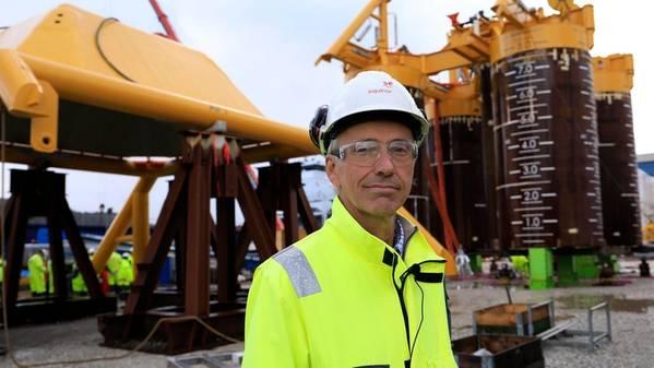 Sverre Overå, project director for Northern Lights, in front of the Northern Lights template. (Photo: Arne Reidar Mortensen)