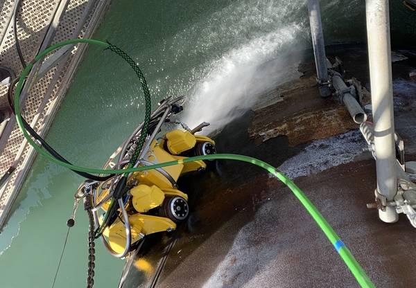 Wind turbine inspection robot, Amphibian