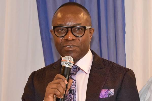Ο υπουργός των πόρων πετρελαίου της Νιγηρίας Εμμανουήλ Ίμπε Κατσίκου (Φωτογραφία: Υπουργείο Πόρων Πετρελαίου της Νιγηρίας)