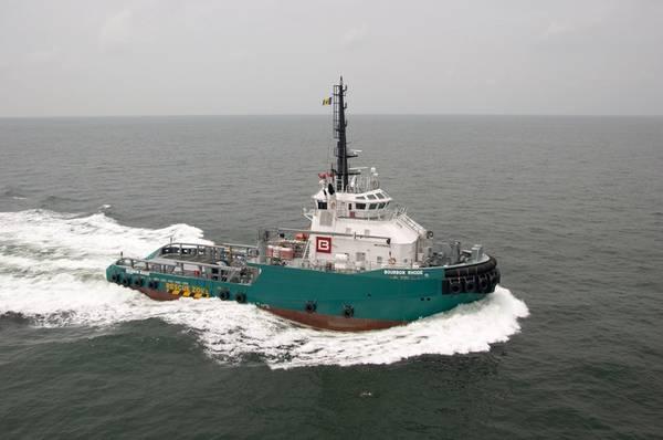 Оффшорное буксирное судно Bourbon Rhose затонуло в Атлантическом океане, примерно в 60 морских милях от глаз урагана 4-й категории Лоренцо, в четверг. (Файл фото: Бурбон)