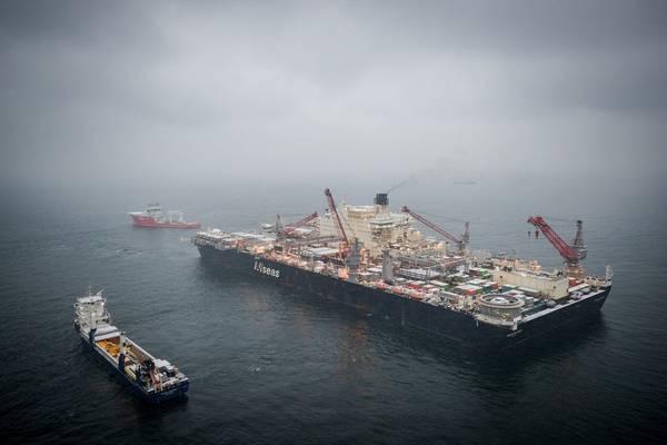 欧洲天然气:Allseas船在波罗的海东部铺设管道(©Nord Stream 2 / Axel Schmidt)