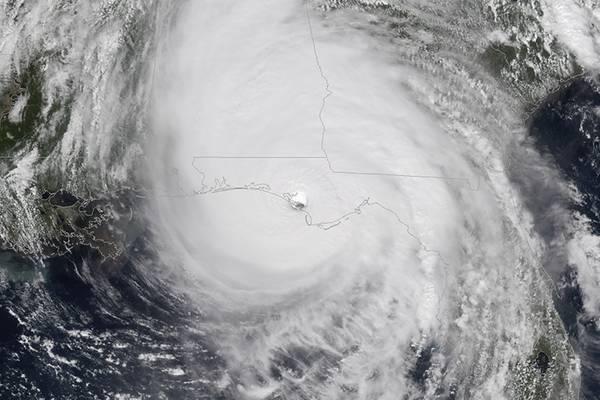 2018年,飓风迈克尔摧毁了美国墨西哥湾石油产量的约40%(图片来源:NOAA)