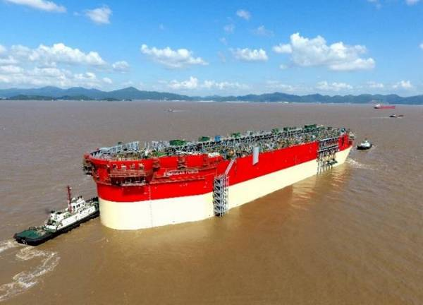 Energean Power FPSO Hull während des Starts im Oktober 2019 - Bild von Energean