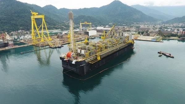 FPSO P 69 που εγκαταλείπουν το ναυπηγείο μετά την ολοκλήρωση της μονάδας. (Πηγή: Petrobras)