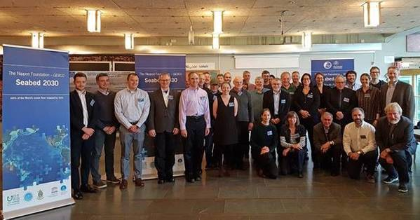 Participantes da primeira reunião de mapeamento do Ártico, Antártica e Pacífico Norte para o Projeto GEBCO Seabed 2030 da The Nippon Foundation, realizada na Universidade de Estocolmo, de 8 a 10 de outubro (Imagem: The Nippon Foundation / GEBCO)