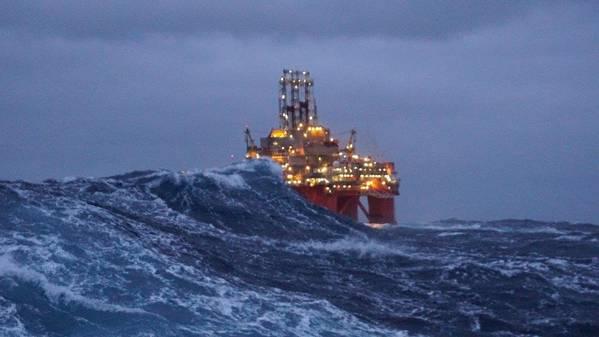 Transocean Spitsbergen (Φωτογραφία: Aspin Kemp και Συνεργάτες)