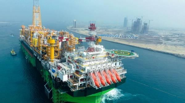 Velocidade do petróleo: o FPSO da Egina (Foto: Total)