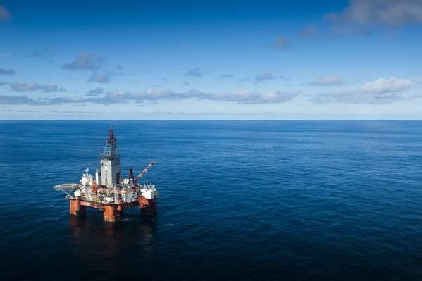 O poço 7132 / 2-2 foi perfurado pela unidade de perfuração West Hercules que, após manutenção na Polarbase, irá perfurar o poço wildcat 7335 / 3-1 na licença de produção 859 no Mar de Barents, onde a Equinor Energy é a operadora. (Foto de arquivo: Ole Jørgen Bratland / Equinor)
