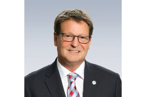Paul Cooke, President and CEO of Bosch Rexroth North America,  will retire on December 31, 2020 after 38 years of service in various international positions within Bosch Rexroth.