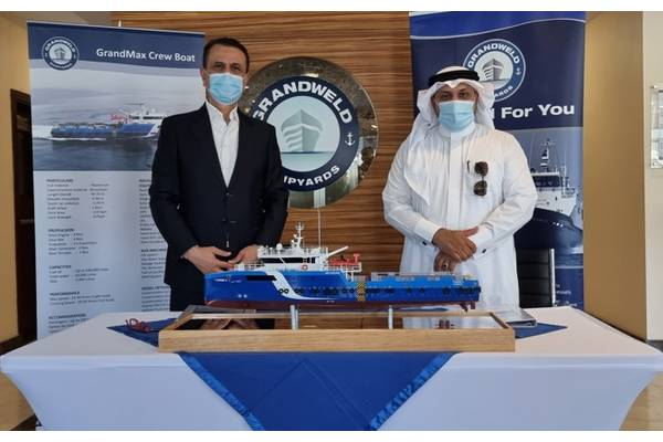 The official delivery ceremony recently took place at Grandweld's headquarters in Dubai Maritime City (DMC), in the presence of Eng. Jamal Abki, General Manager of Grandweld Shipyards and Eng. Ibrahim Al Saeed, Managing Director of High Seas Marine Industrial Services Co. (Photo: Grandweld Shipyards)