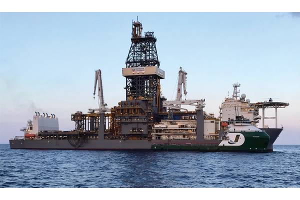 """OSV """"THUNDER"""" owned by Jackson Offshore serving floater """"DEEPWATER CONQUERER"""" Source: Jackson Offshore"""