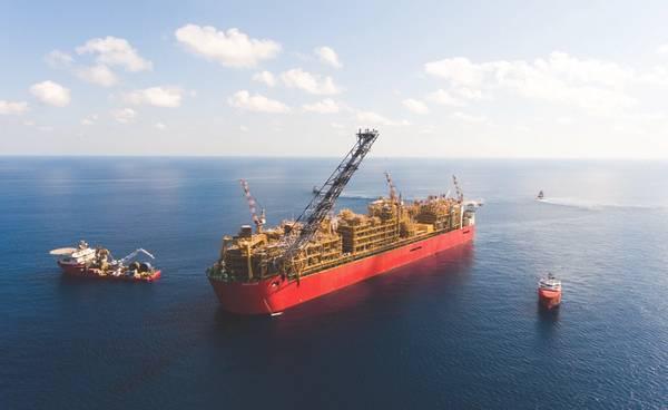 Prelude FLNG auf Station während der Inbetriebnahme 475 Kilometer nördlich, nordöstlich von Broome, Westaustralien (Quelle: Shell)