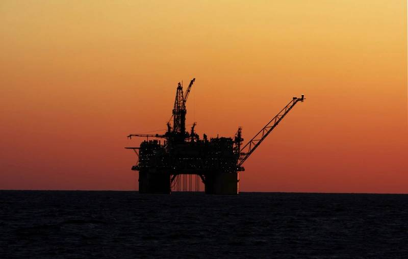 Us Grants 12 Royalty Cuts For Struggling Offshore